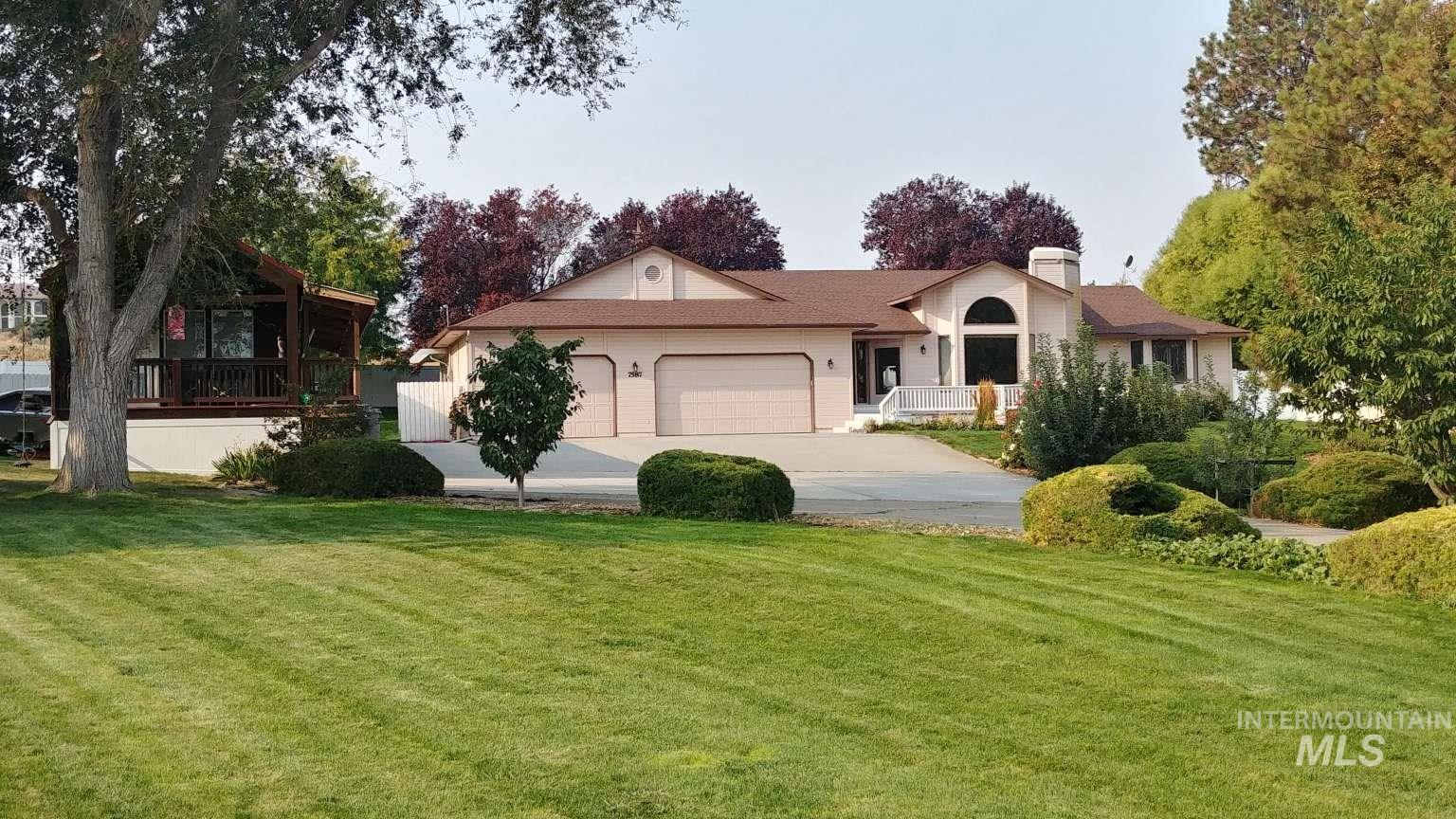 7587 Madden Dr, Nampa, Idaho 83686, 4 Bedrooms, 2.5 Bathrooms, Residential For Sale, Price $639,000, 98784973