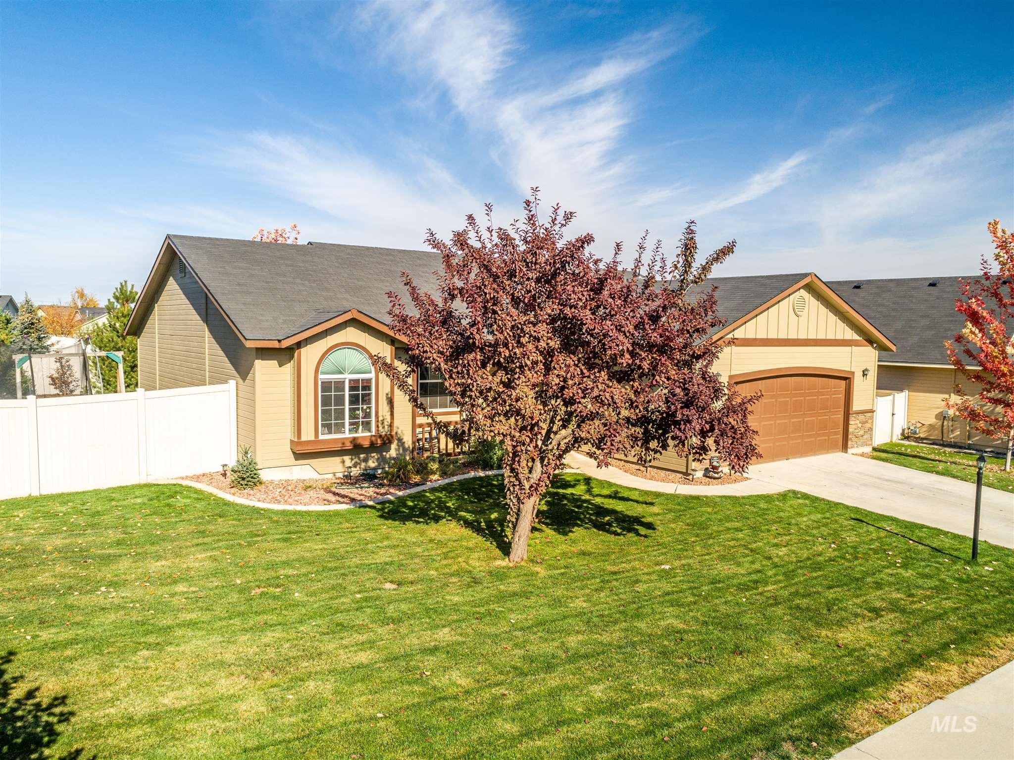 14416 Fewkes St, Caldwell, Idaho 83607, 4 Bedrooms, 2 Bathrooms, Residential For Sale, Price $299,900, 98785147