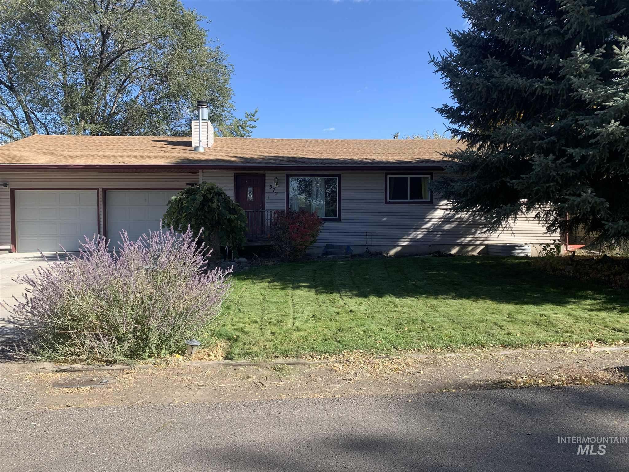 572 Tyler Street, Twin Falls, Idaho 83301, 5 Bedrooms, 3 Bathrooms, Residential For Sale, Price $265,000, 98785153