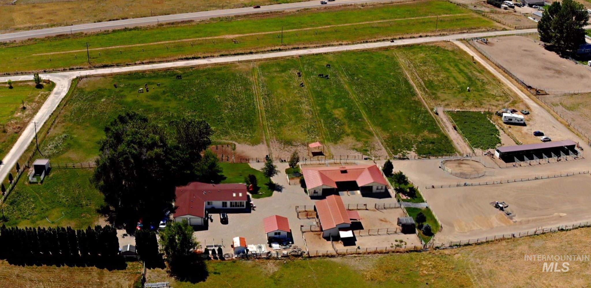 9210 W Edgeview Ln., Eagle, Idaho 83616, 3 Bedrooms, 2 Bathrooms, Residential For Sale, Price $989,000, 98785155
