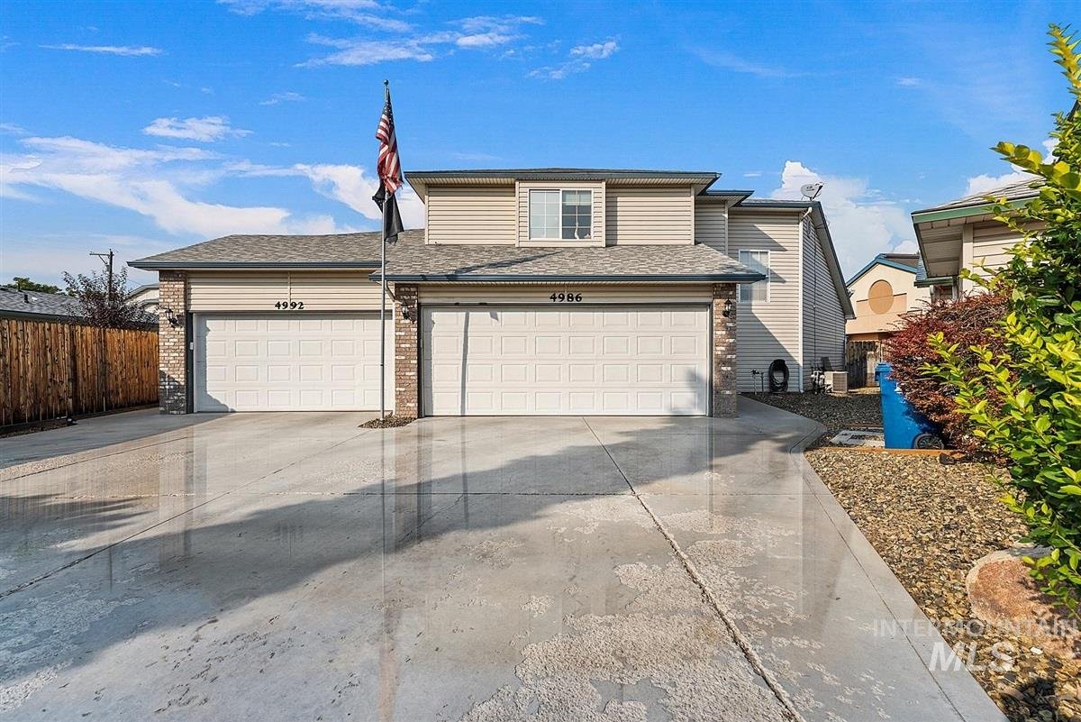 4992 W Hillcrest View Ct., Boise, Idaho 83705, 4 Bedrooms, 3.5 Bathrooms, Residential For Sale, Price $598,900, 98785173