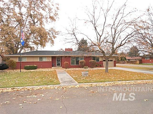 249 Winther Blvd, Nampa, Idaho 83651, 4 Bedrooms, 3.5 Bathrooms, Residential For Sale, Price $450,000, 98787536