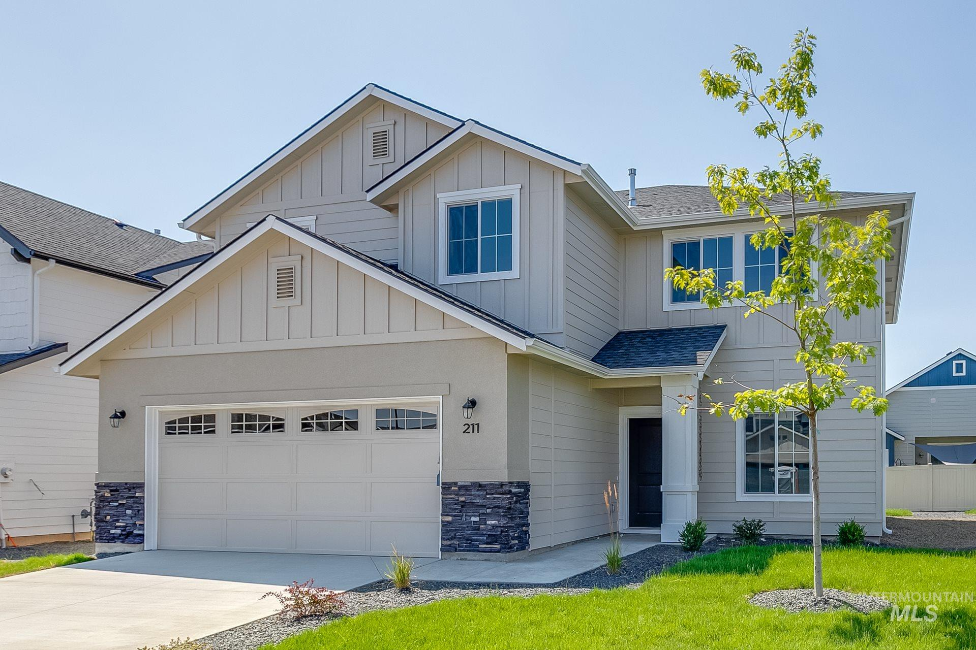 4925 W Grand Rapids Dr, Meridian, Idaho 83646, 5 Bedrooms, 2.5 Bathrooms, Residential For Sale, Price $512,480, 98788005