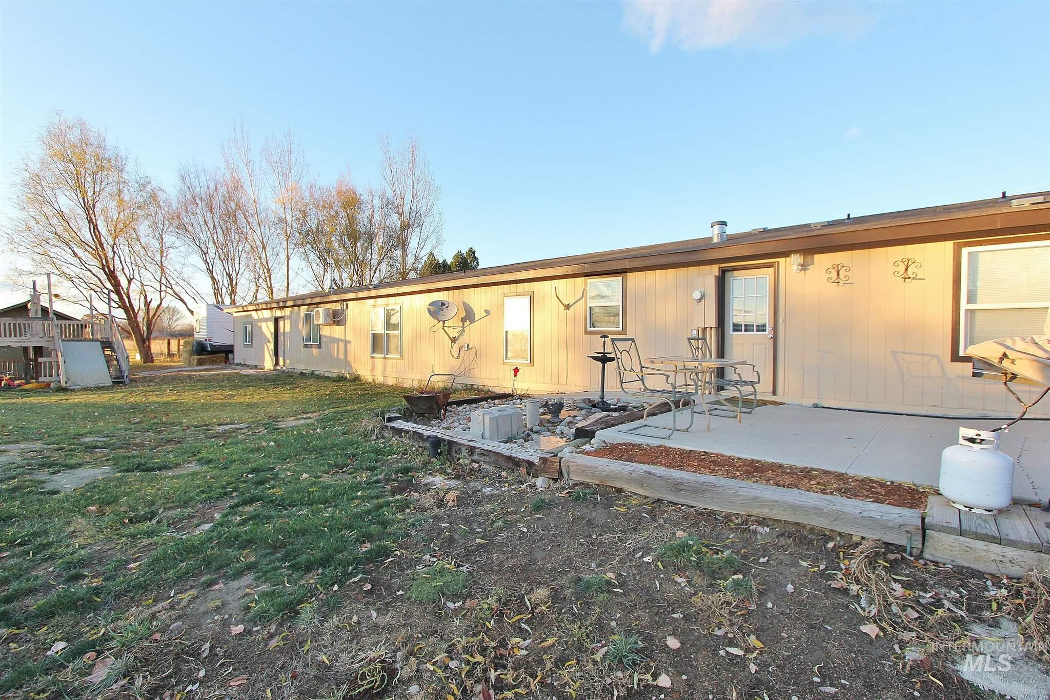 5297 Cascade Rd, Emmett, Idaho 83617, 3 Bedrooms, 2 Bathrooms, Residential For Sale, Price $479,000, 98790733
