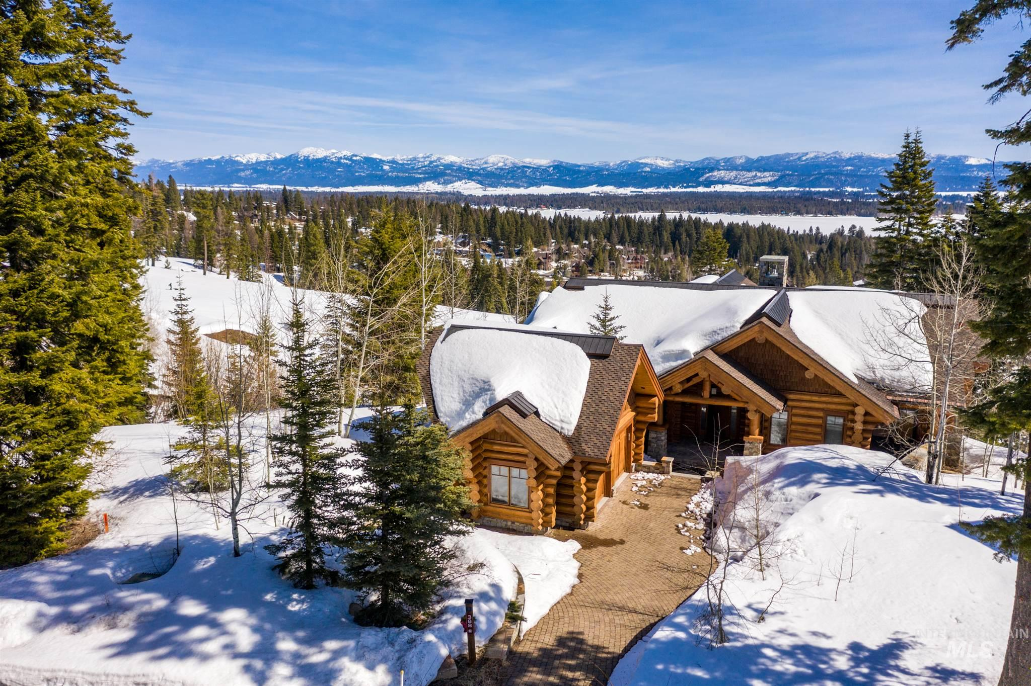 388 Sugarloaf Place, Donnelly, ID 83615