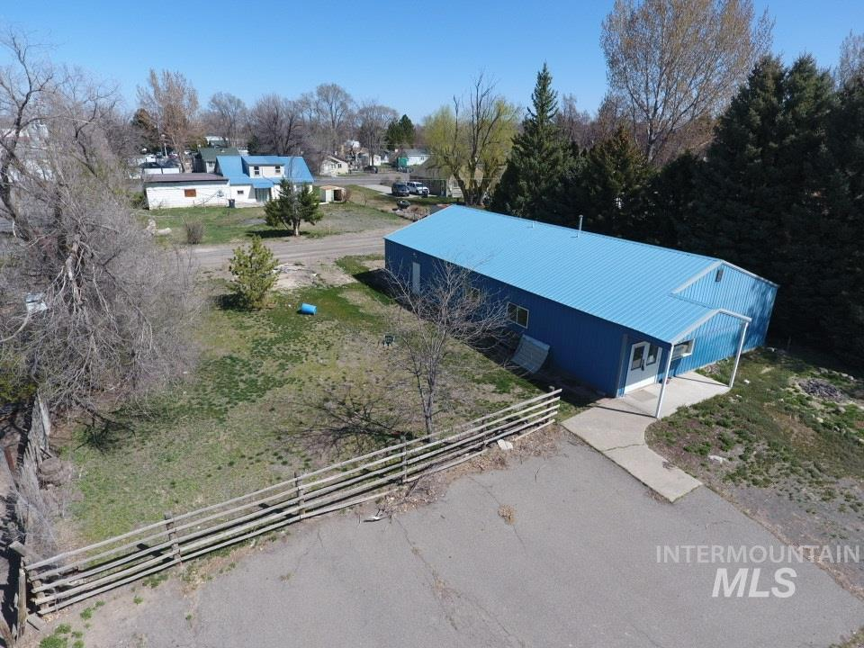 130 E Ave D, Wendell, ID 83355