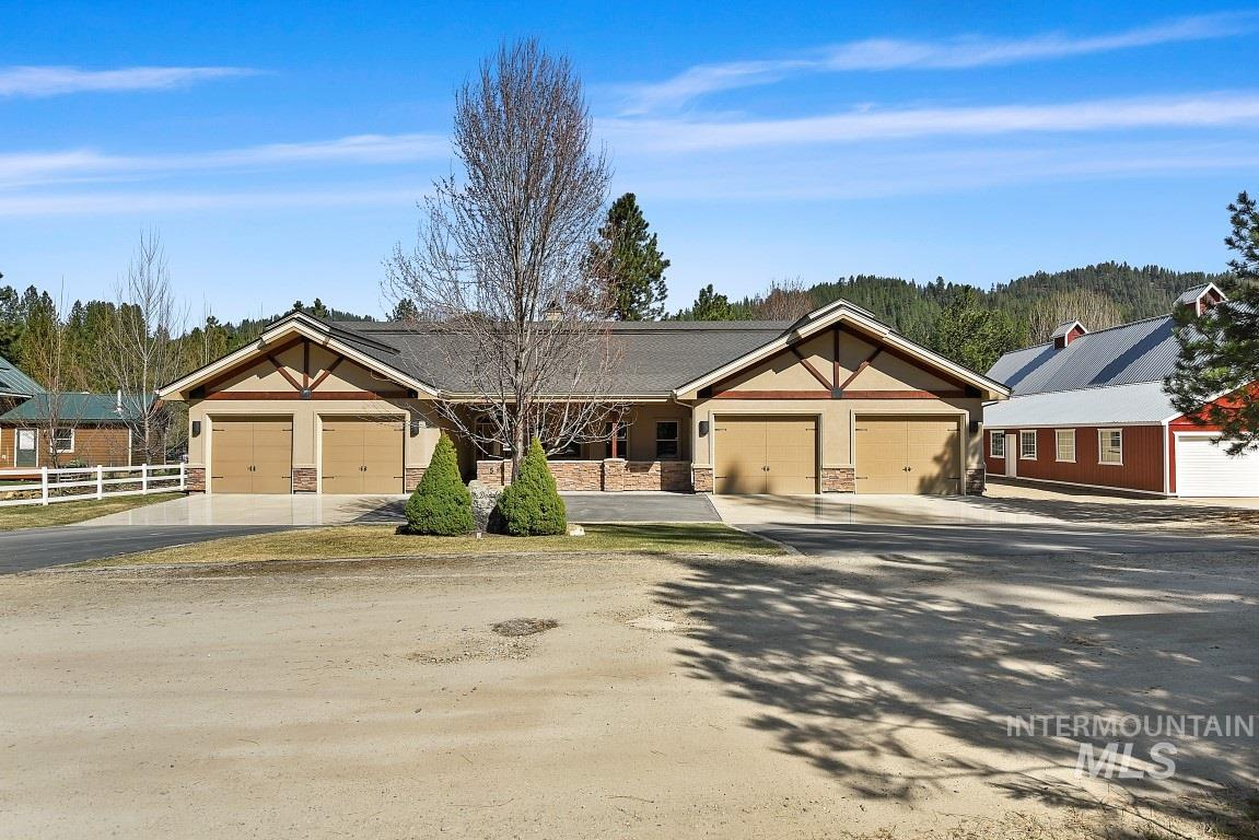 5 Middlefork Circle, Garden Valley, ID 83622