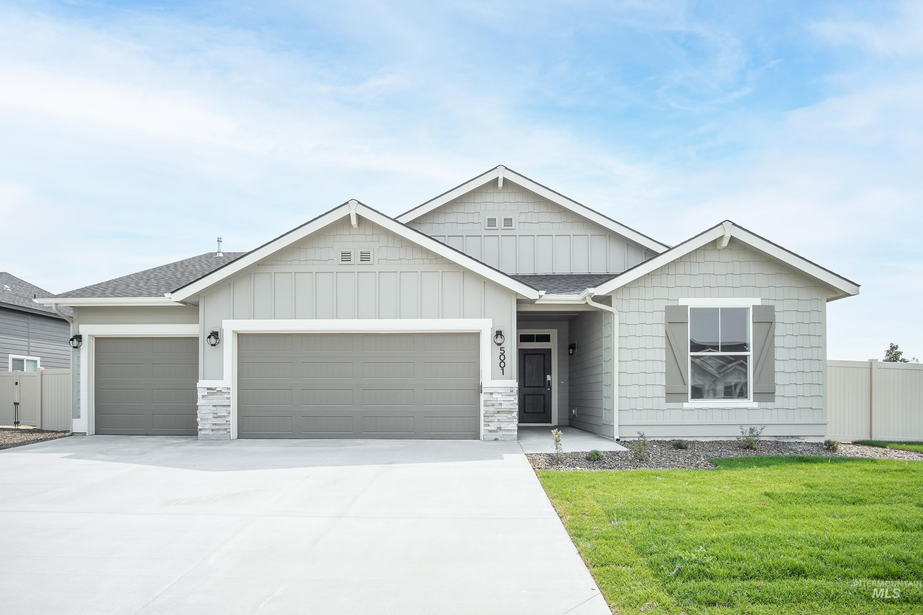 Get $35k with our Buy Now, Get More Promo NOW thru7/31. Want to tour this home NOW? Get on-demand access with TOUR NOW. The Kobi 2023 is the single level home with 4 spacious bedrooms are split across the home. The long hallway leads you into a large living space and kitchen. No backyard neighbors. Price includes quartz kitchen countertops, ss appliances, partial fencing, dual vanity, evp flooring and more! No side neighbors. Exterior photos similar. RCE-923