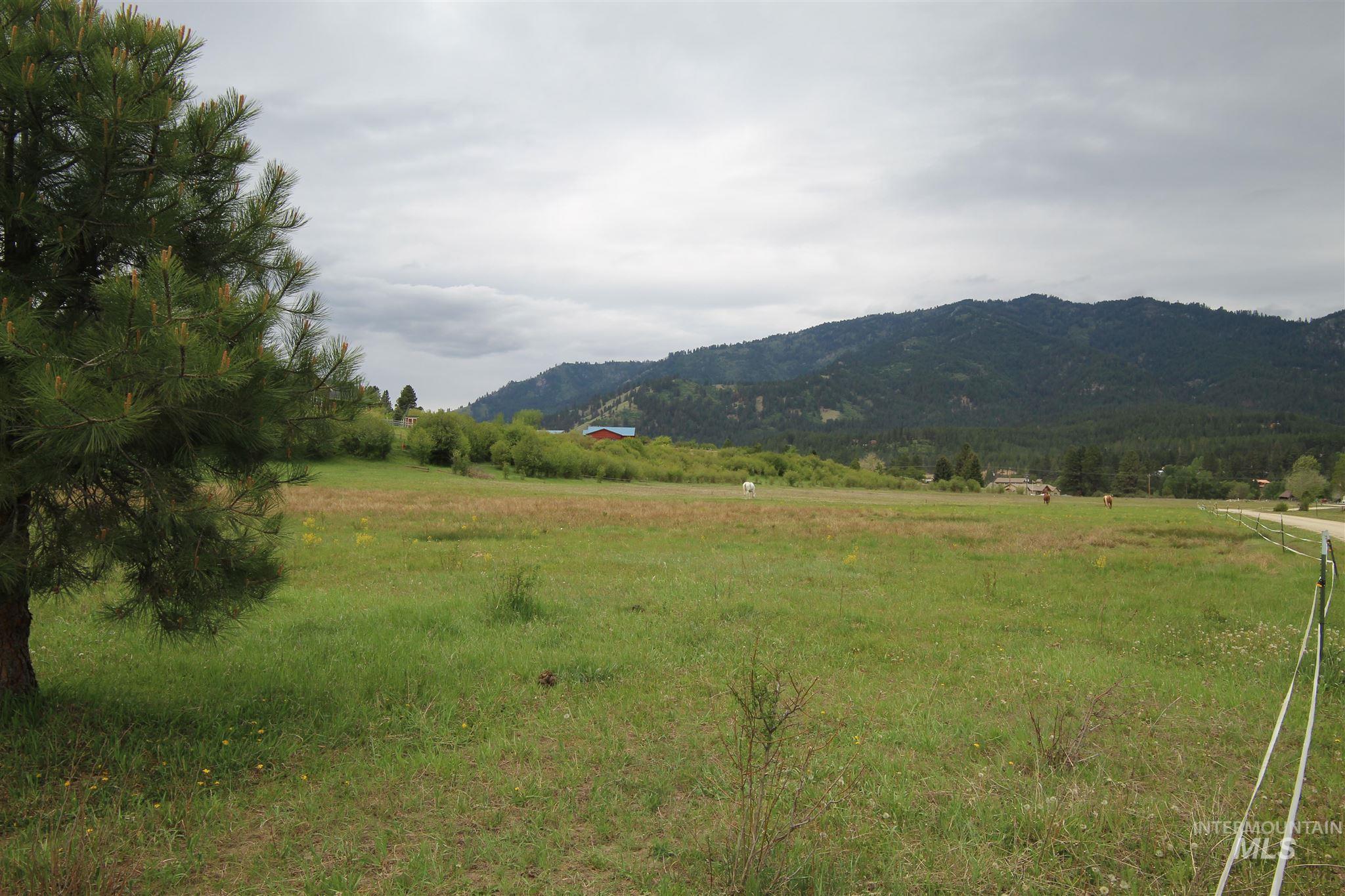 000 Brookview, Garden Valley, ID 83622