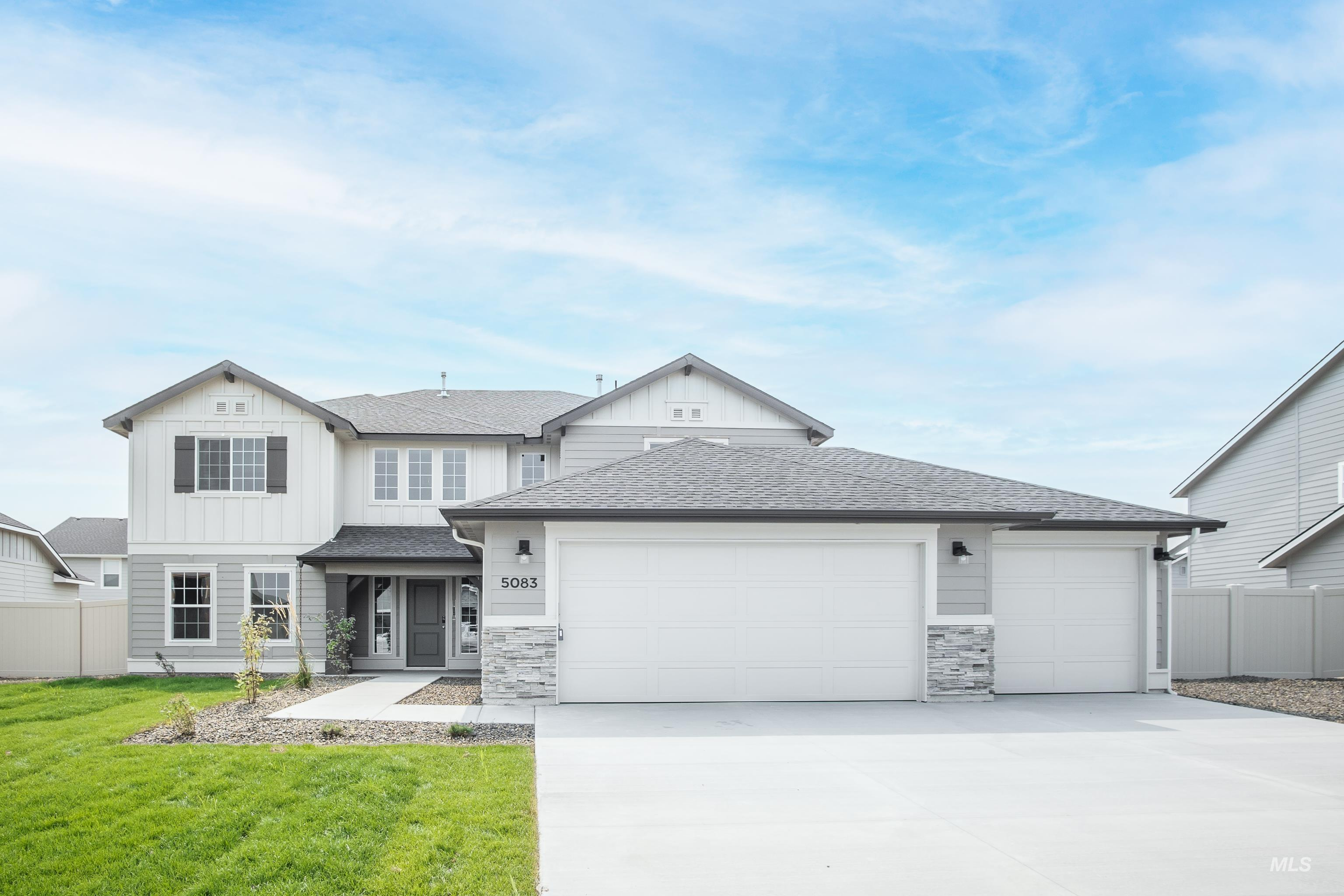Get $35k with our Buy Now, Get More Promo NOW thru 7/31. Want to tour this home NOW? Get on-demand access with TOUR NOW. The Milano 3250 floor plan is grand! Relax in the great room or play in the upstairs loft. Master suite, separate soaker tub & shower, & a large walk-in closet. Full bath and bedroom downstairs. Price includes stainless kitchen appliances, quartz kitchen countertops, dual vanity, 3 car garage, and more! Corner lot. Photo Similar. RCE-923