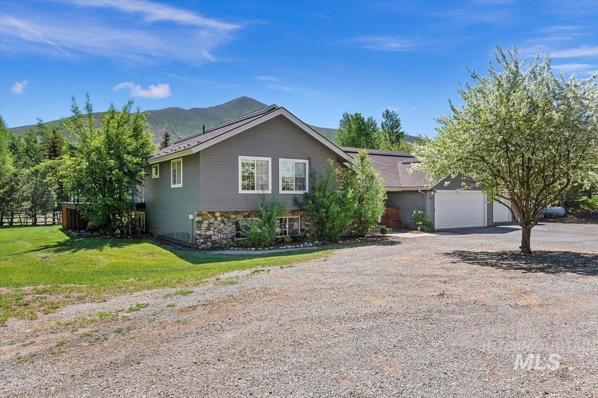 361 Croy Creek Rd, Hailey, ID 83333
