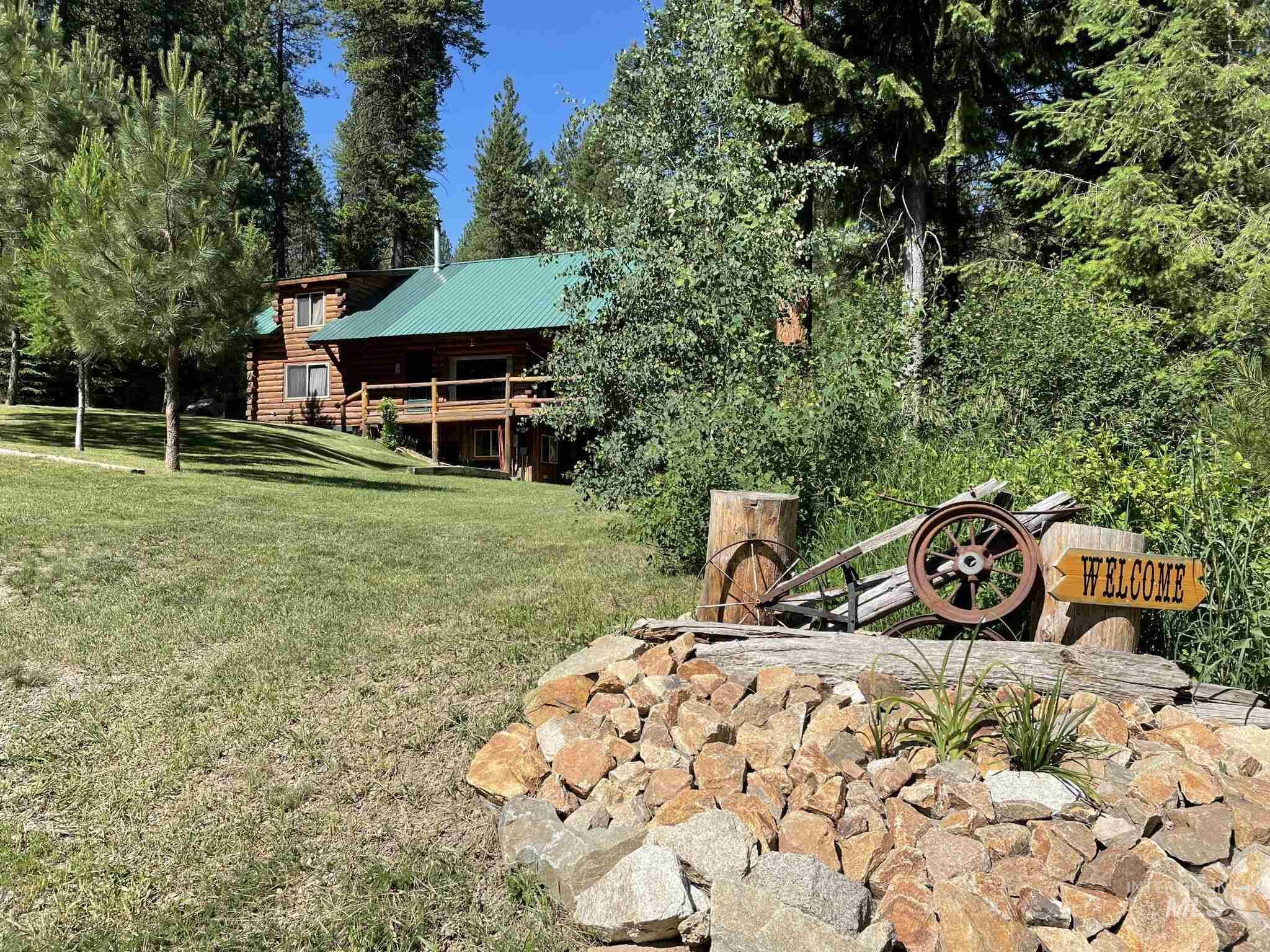 8 Mustang Way, Garden Valley, ID 83622