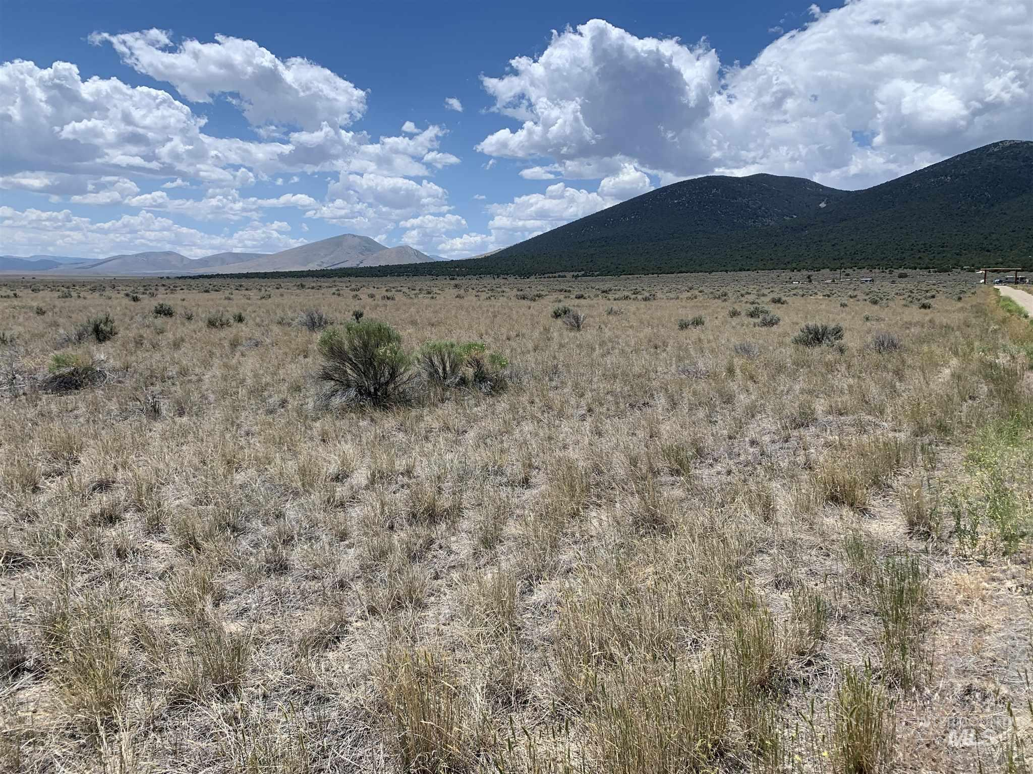 Nice Building Lot with amazing views. Close to City of Rocks, Castle Rocks, Independence Lakes, and Pomerelle Ski Resort. Horse back and ATV trails are out the back door. - Jack H Hill, Voice: 208-431-4700, Western Hills Realty, Main: 208-678-9300, http://www.westernhillsrealty.net