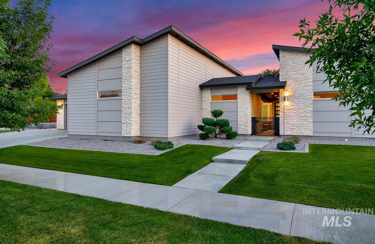 Experience an abundance of natural light, high end finishes, & hard to find back yard privacy in this one of a kind completely custom 4 bed 3.5 bath single-level home on just under 3/4 of an acre. This stunning house features a lovely courtyard, wheel chair accessible private guest quarters, custom master closet, wide hallways & entry, shaded back patio, raised garden, and so much more. Come see why Sky Mesa's amenities including swimming pools & fantastic location make this community so desirable.