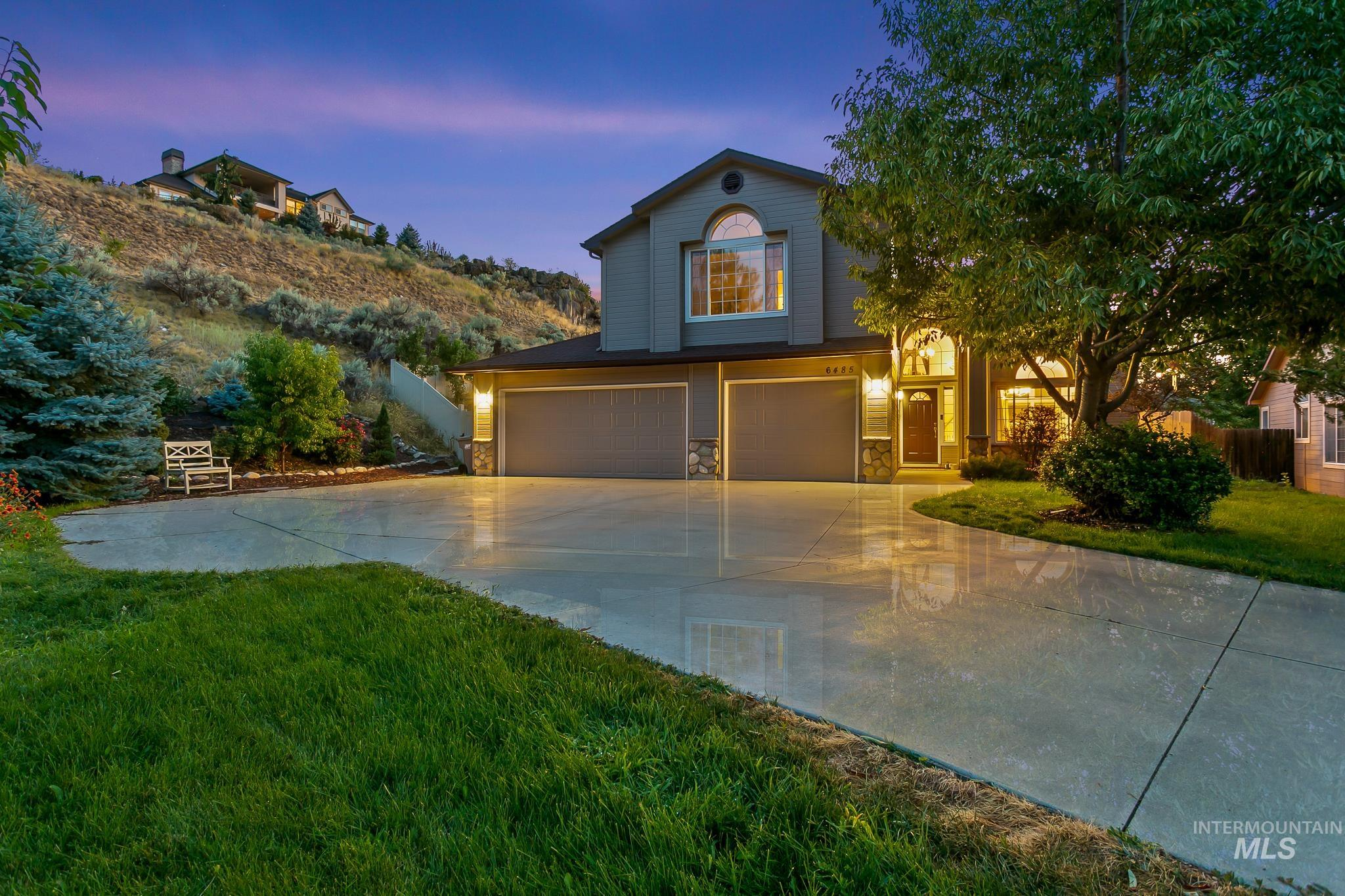 Beautifully maintained home nestled up against the foothills w/access to trails right out of the backyard. This home is w/in walking distance to Simplot Sports Complex and just minutes to downtown, Lucky Peak, & Micron. Versatile floor plan w/ lots of natural light. Main level bedroom, bathroom, 2 living spaces & formal dining. Upstairs boasts a large master suite, bonus room, 4th bedroom would make a great office. Tucked away on a cul de sac for privacy. Fruit trees, waterfall, & new exterior paint. - Sheila A Smith, Voice: 208-631-2248, RE/MAX Capital City, Main: 208-344-7477, http://www.SheilaSmithRealEstate.com