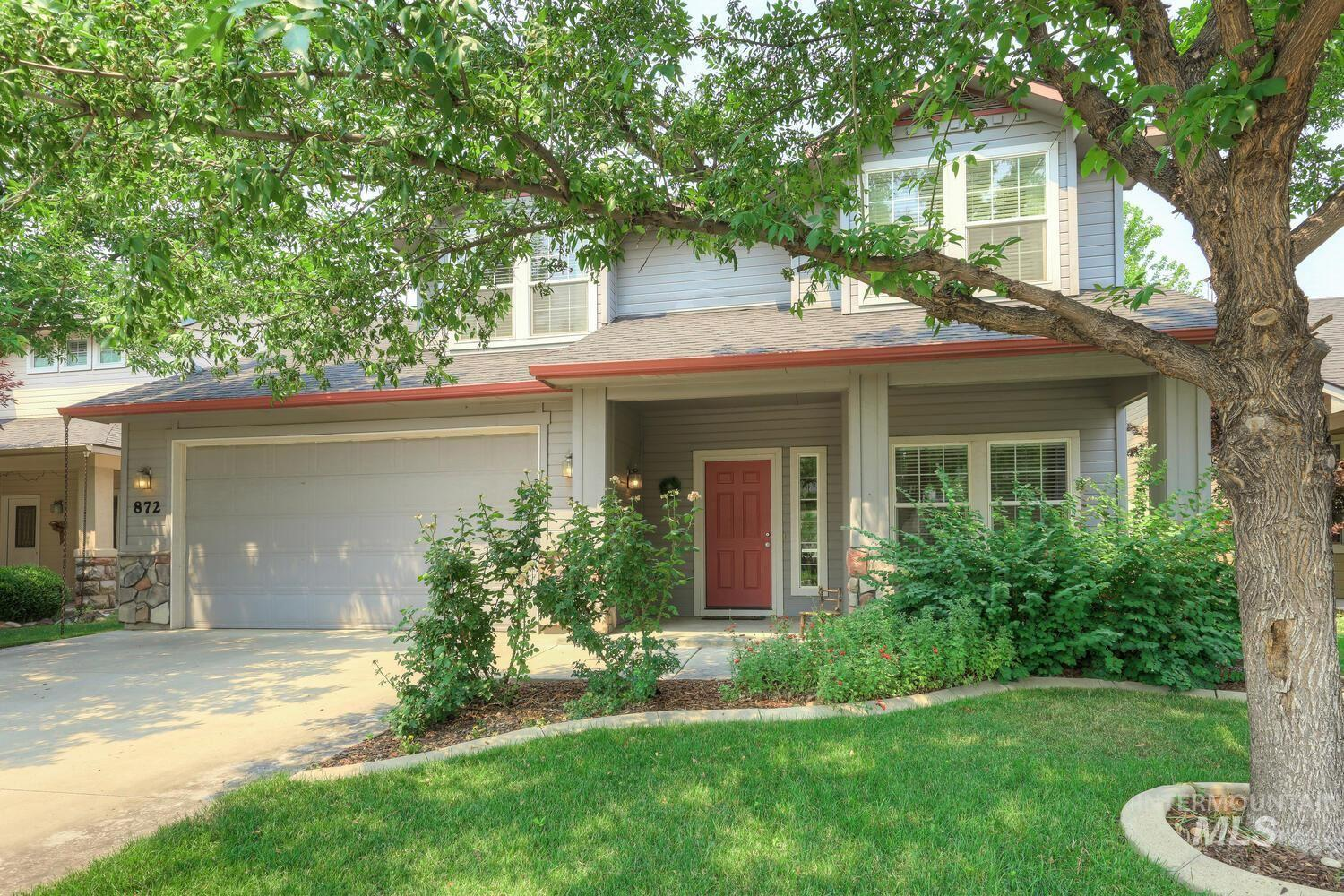 This home is adorable and is exactly what you've been looking for! The floor plan is ideal with three total bedrooms plus an office and bonus room. The master is on the main level along with a large great room and an upgraded kitchen. Beautifully decorated, impeccably maintained and most major appliances are included. With newer carpet, new interior paint and new window coverings this home is move-in ready! Private backyard with covered patio. Close to parks, schools, new restaurants and shopping.