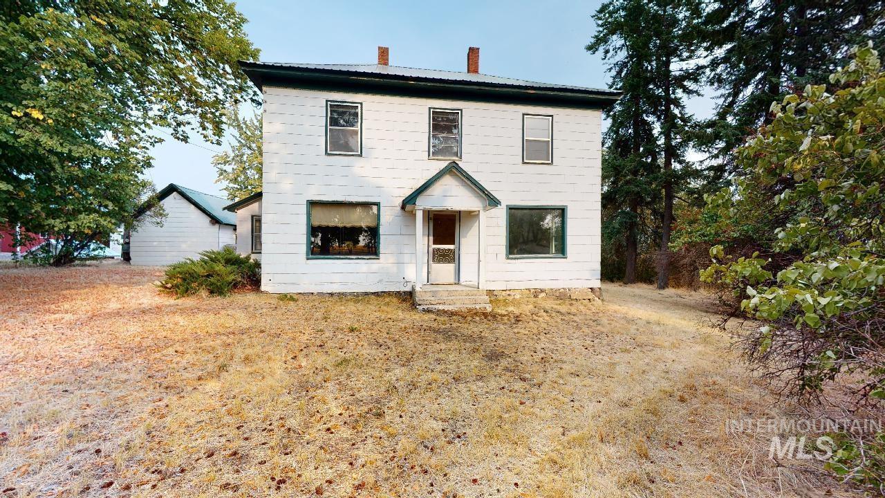 1660 Little Bear Ridge Rd., Troy, ID 83871