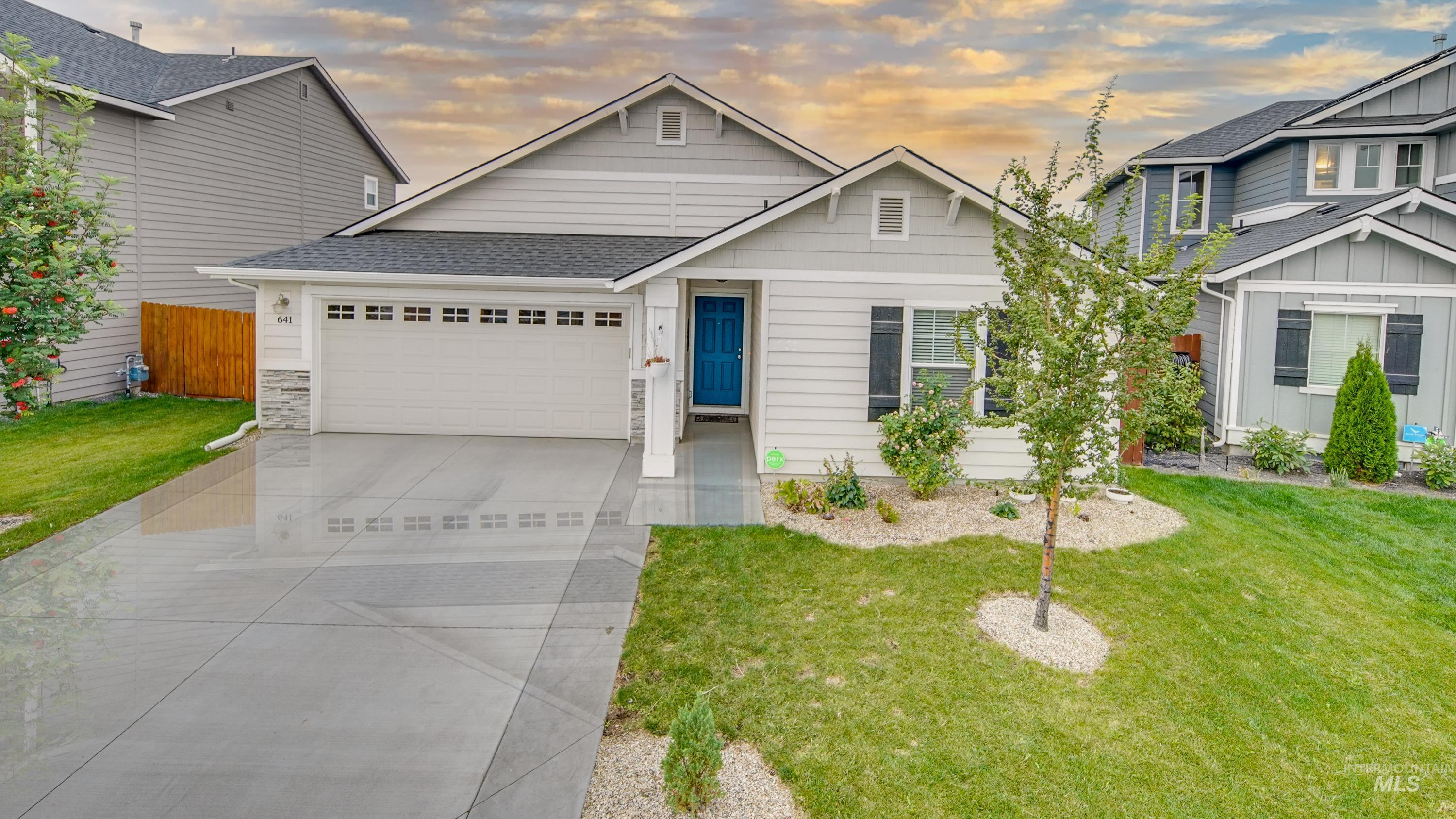 Come take a look at this well cared for home, plenty of natural light, Backyard has a nice deck for relaxing with no back neighbors. This home boasts many upgrades, vaulted ceilings, split bedrooms, security system and a roomy functional Kitchen and new flooring. - David Faulkner, Main: 208-954-2570, Boise River Realty, LLC, Main: 208-955-6955,