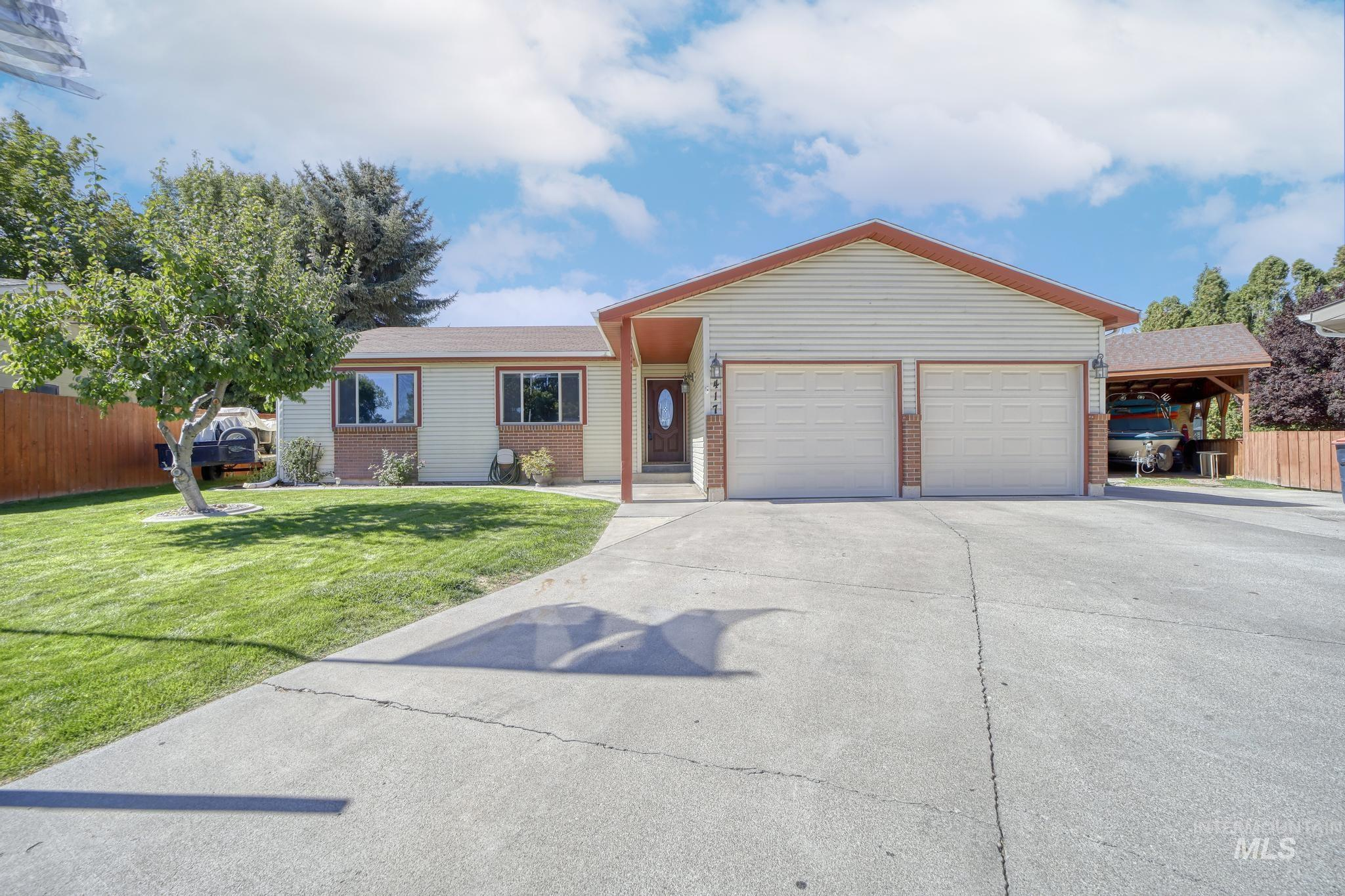 JUST THE PLACE AND THE PRICE! Beautifully updated and well-maintained, single-level home located on a quiet cul-de-sac in NW Twin Falls near the College of Southern Idaho. You will love the brand new kitchen remodel, open floor plan, wood flooring, fresh paint throughout, fireplace, enclosed sun room, new HVAC system with new heat pump, low maintenance exterior,  private backyard, and oversized storage shed. - Cindy L Collins, Voice: 208-280-5336, Berkshire Hathaway HomeServices Idaho Homes & Properties, Main: 208-733-5336, https://www.thecollinsconnection.com