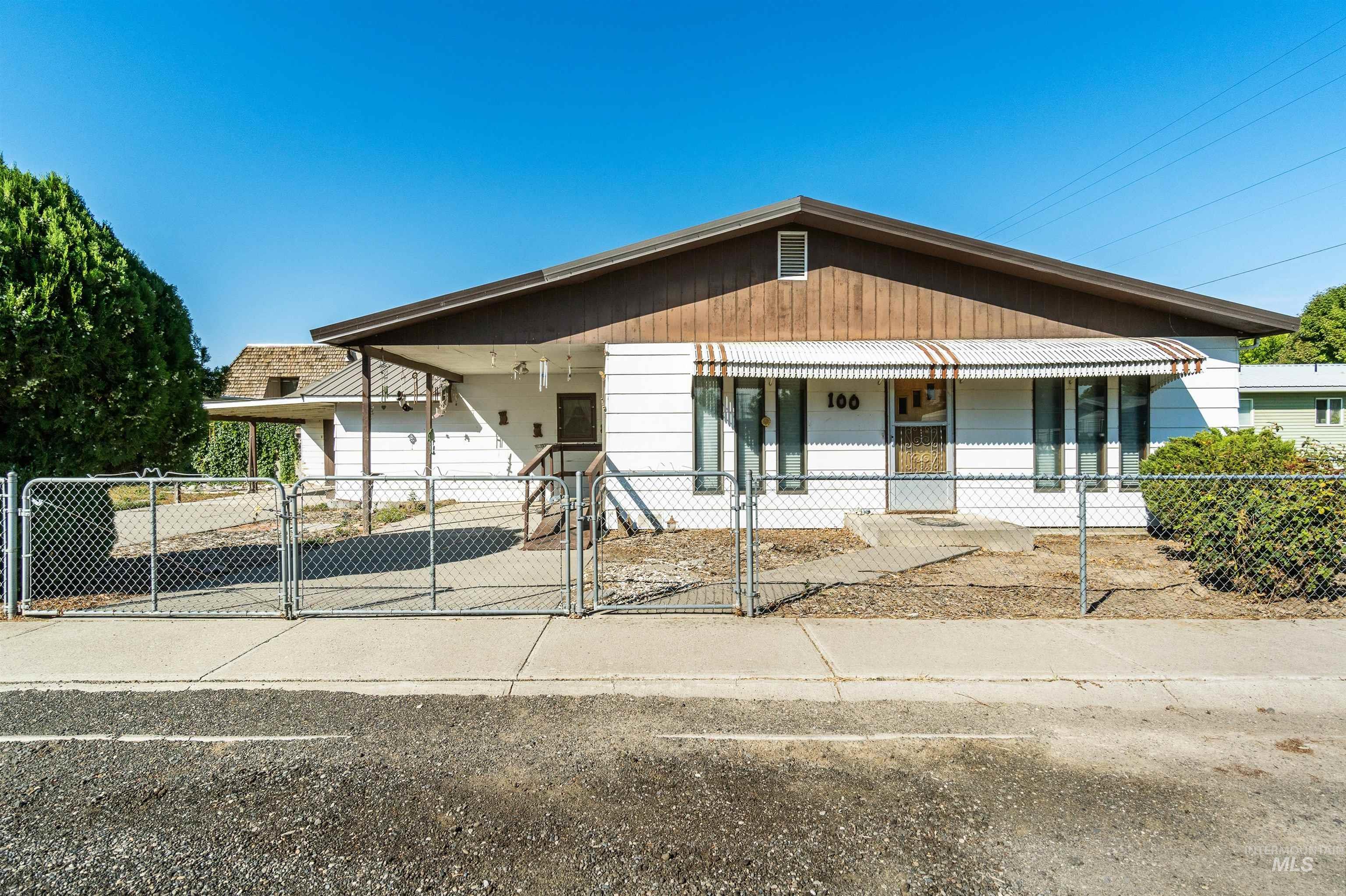 100 N Boise St, Wendell, ID 83355