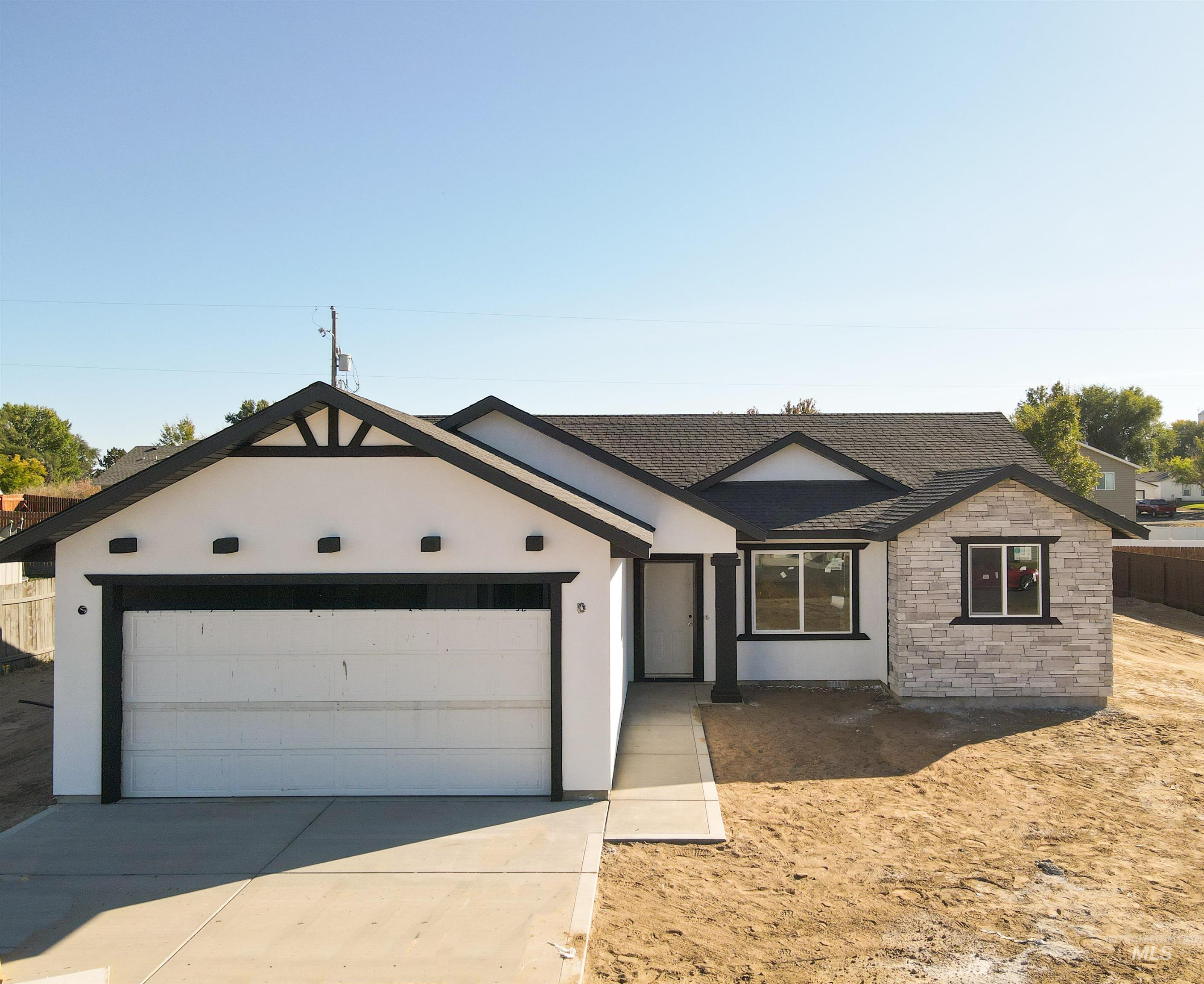 339 7th Ave W, Wendell, ID 83355