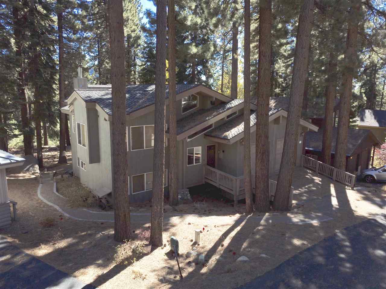 Additional photo for property listing at 915 Jennifer Street Incline Village, Nevada 89451 United States