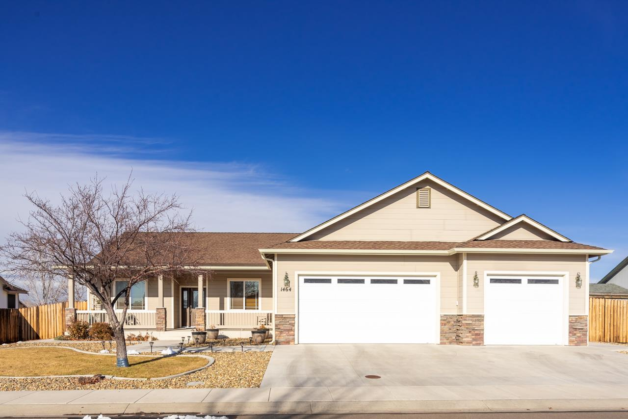 Single Family Home for Active at 1464 N Shasta 1464 N Shasta Gardnerville, Nevada 89460 United States