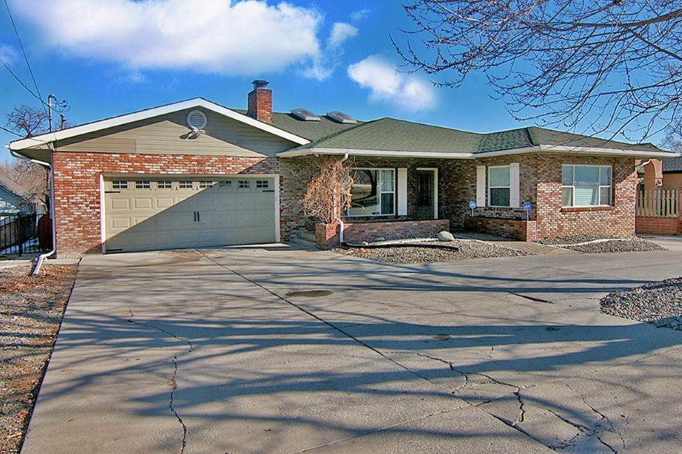 Single Family Home for Active at 2250 Plumas Reno, Nevada 89509 United States
