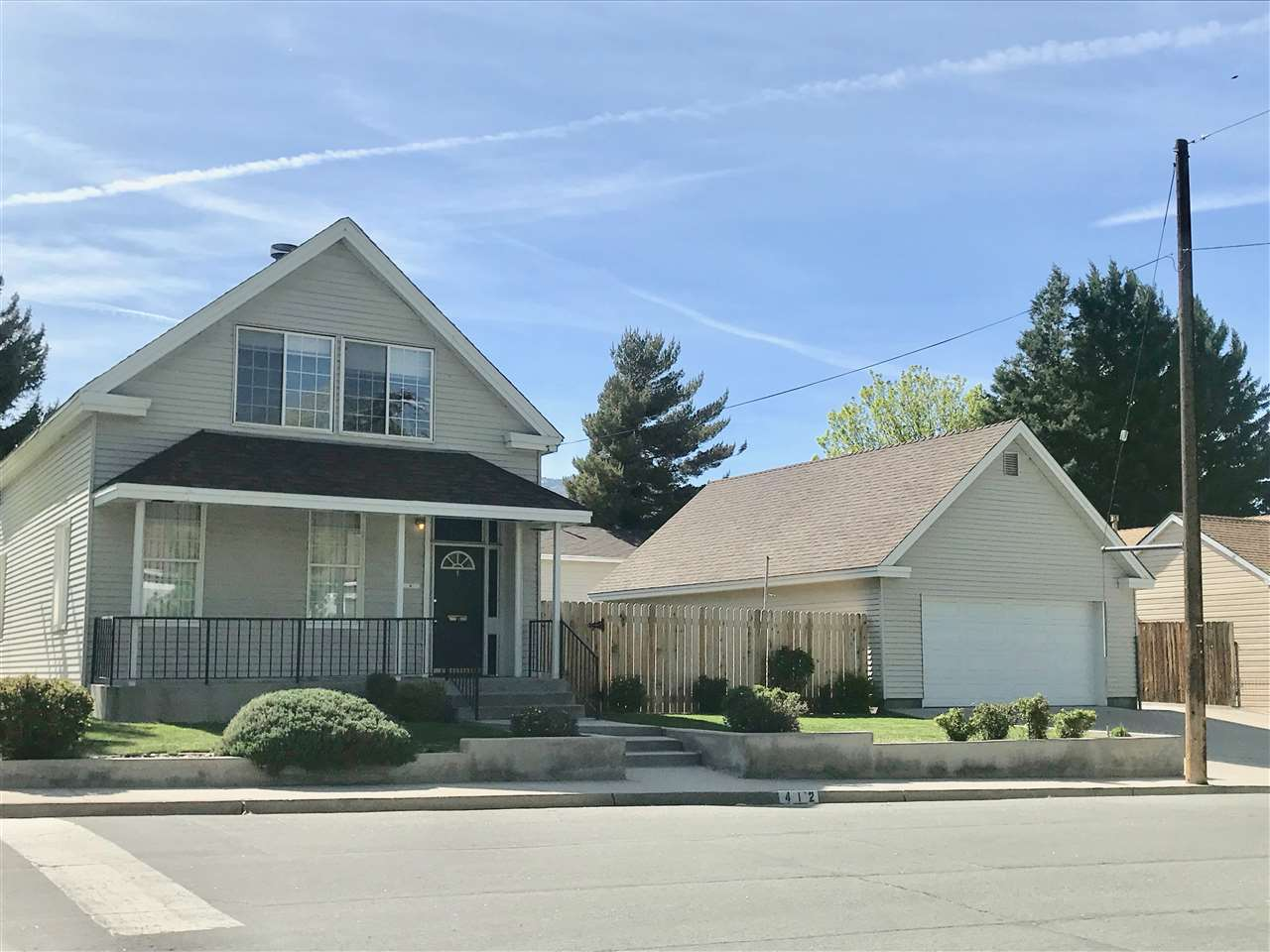 Additional photo for property listing at 412 Thompson & 604 W 5th Carson City, Nevada 89703 Estados Unidos