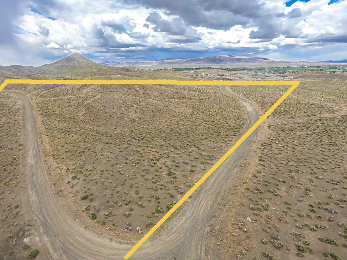 Additional photo for property listing at Seabiscuit Drive Fernley, Nevada 89408 Estados Unidos