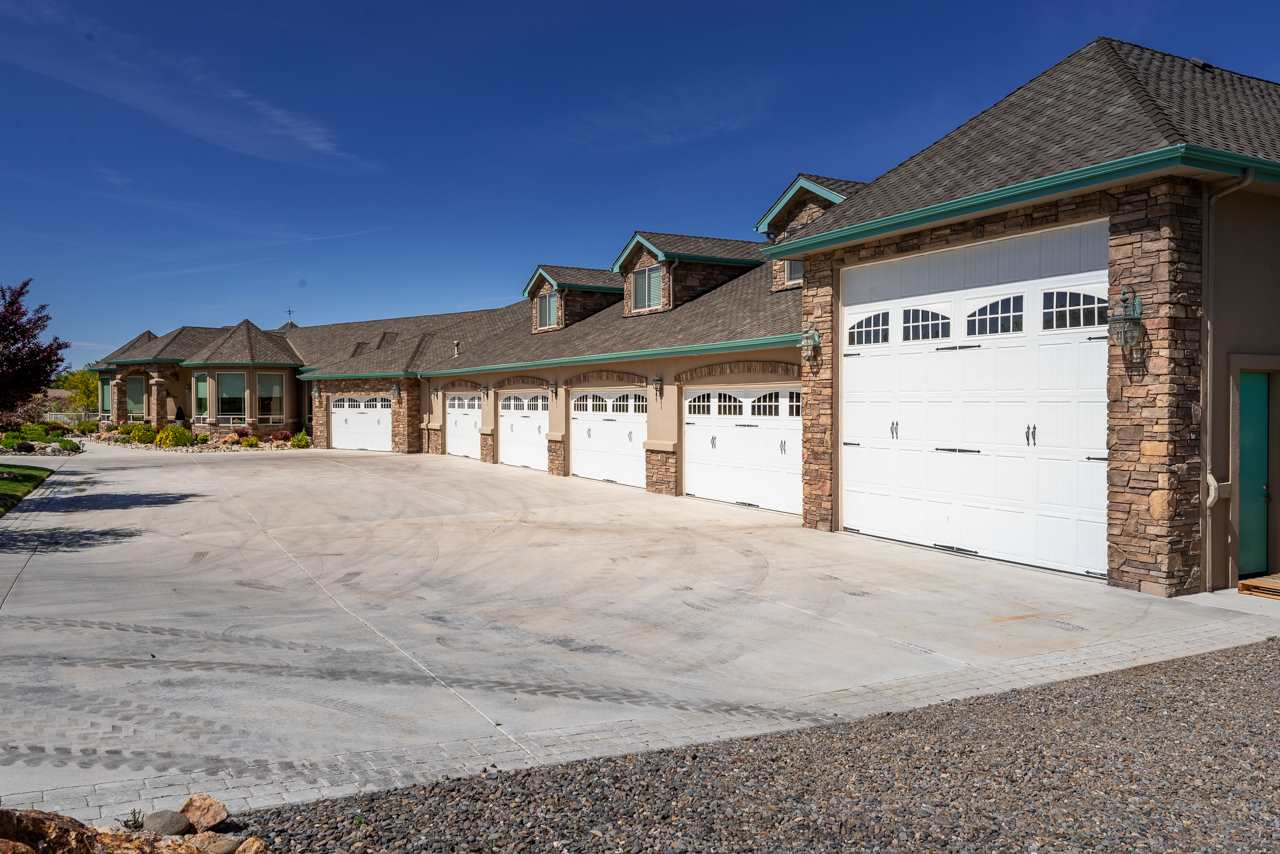 Additional photo for property listing at 1560 Willow Creek Gardnerville, Nevada 89410 Estados Unidos
