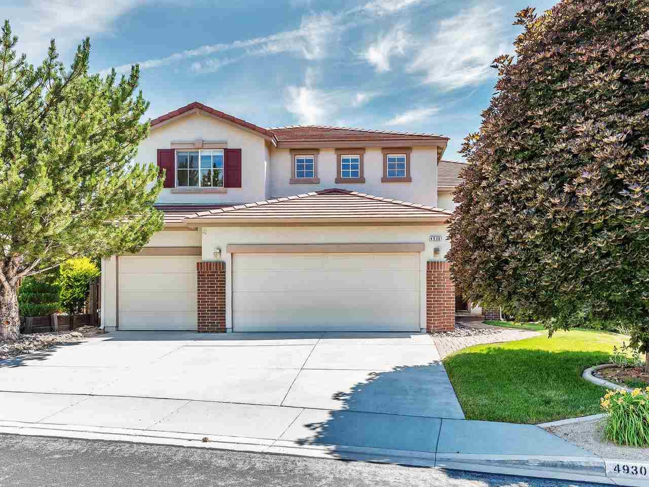 Single Family Homes for Active at 4930 Deer Pass Drive Reno, Nevada 89509 United States