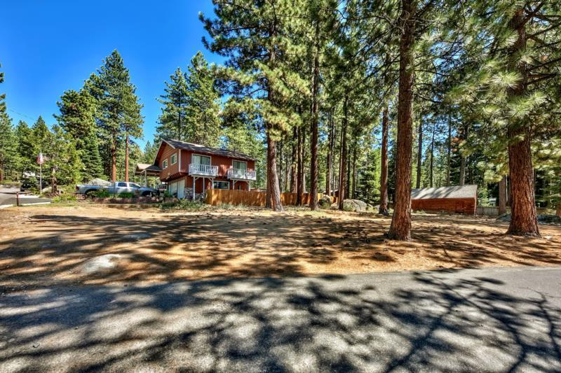 Additional photo for property listing at 15 Tall Pines Zephyr Cove, Nevada 89449 United States