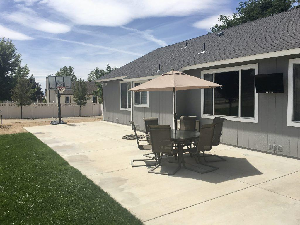 Additional photo for property listing at 20 MARTELL Place Sparks, Nevada 89441 United States