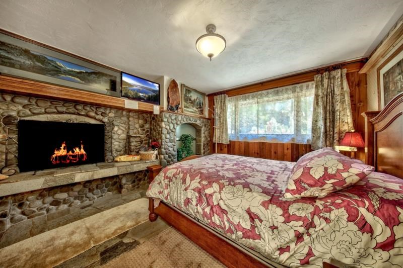 Additional photo for property listing at 649 Lookout Road Zephyr Cove, Nevada 89448 United States