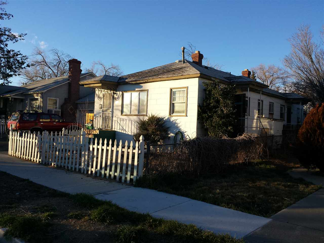 Multi-Family Homes por un Venta en 127 & 131 E Arroyo Reno, Nevada 89502 Estados Unidos